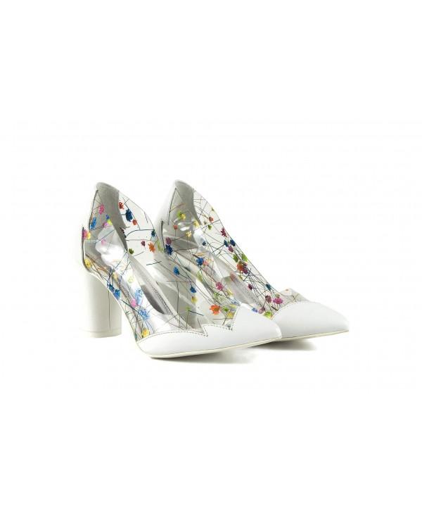 Pantofi eleganti albi 1902