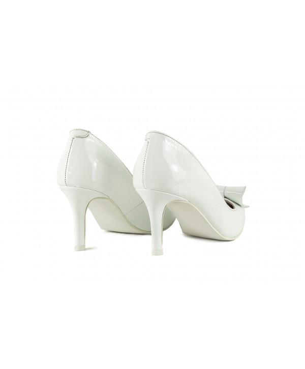 Pantofi eleganti albi 1908