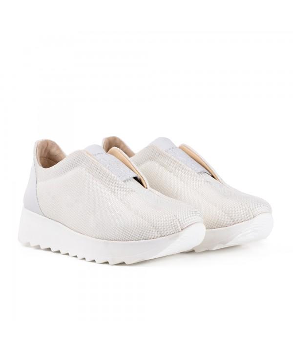 Pantofi sport albi 2020