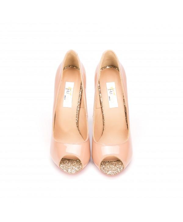Pantofi eleganti crem 3022